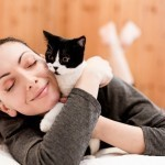 A strong connection between women and cats